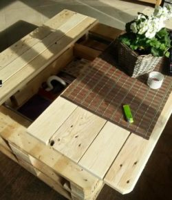 DIY Lift Top Pallet Coffee Table