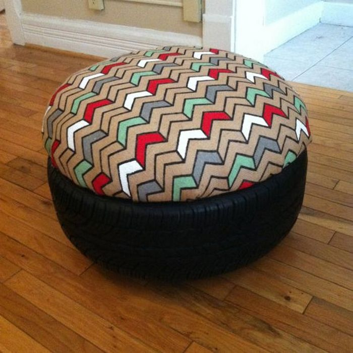 Do it yourself tire table and ottoman your projectsobn heres a great way to help yourself and the environment recycle them by turning them into an ottoman or a table you wont even notice that these ottomans solutioingenieria