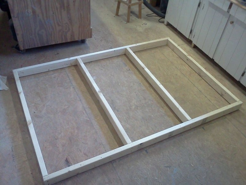 Do It Yourself Home Design: Do-It-Yourself Bed With Drawers