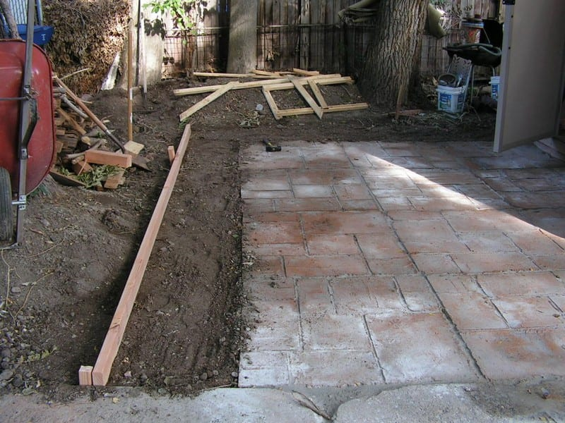 Do it yourself cement patio your projectsobn diycementpatio06 solutioingenieria Gallery