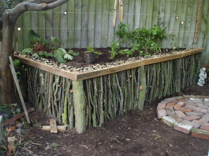 DIY Natural Wood Raised Garden
