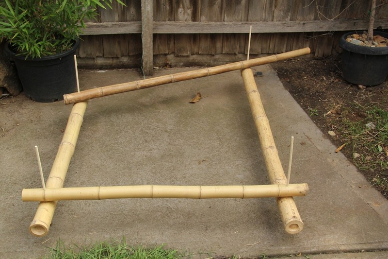 Start of the bamboo frame with bamboo pins