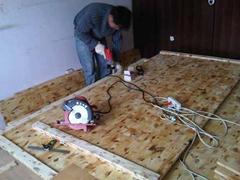 DIY Lift Top Storage Bed08