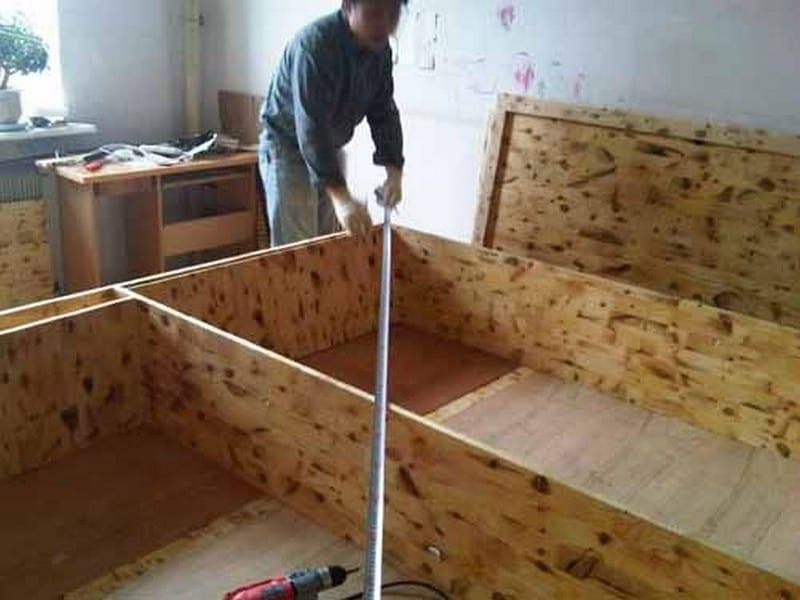 DIY Lift Top Storage Bed10