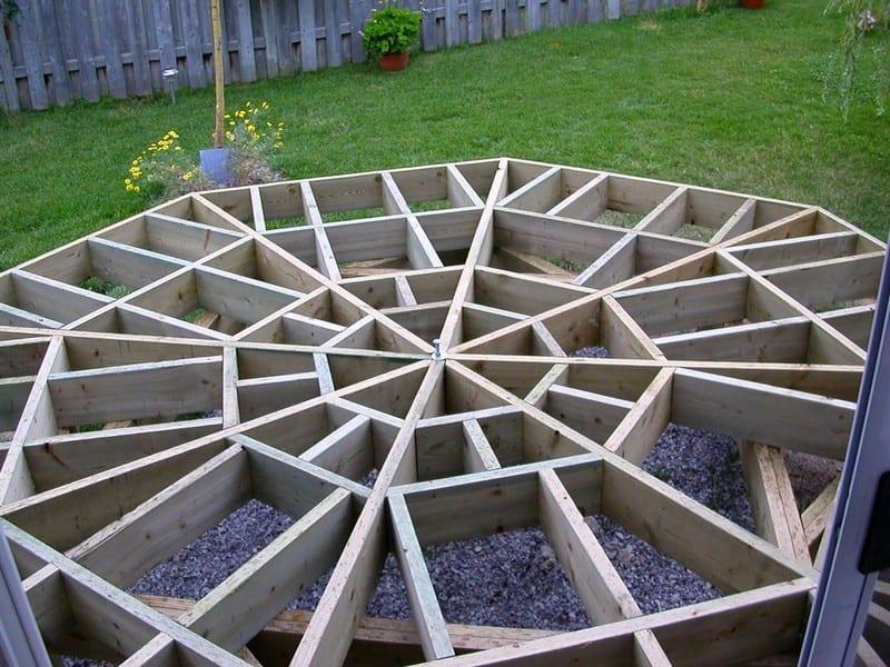 DIY Octagonal Deck 13