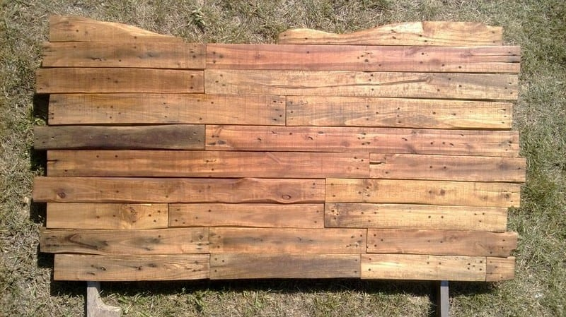 Diy pallet headboard your projects obn for How to make a headboard out of pallets