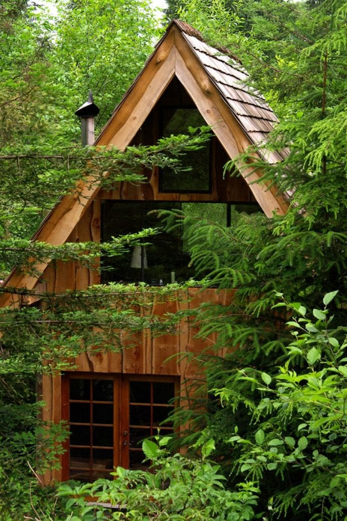 JapaneseForestHouse01