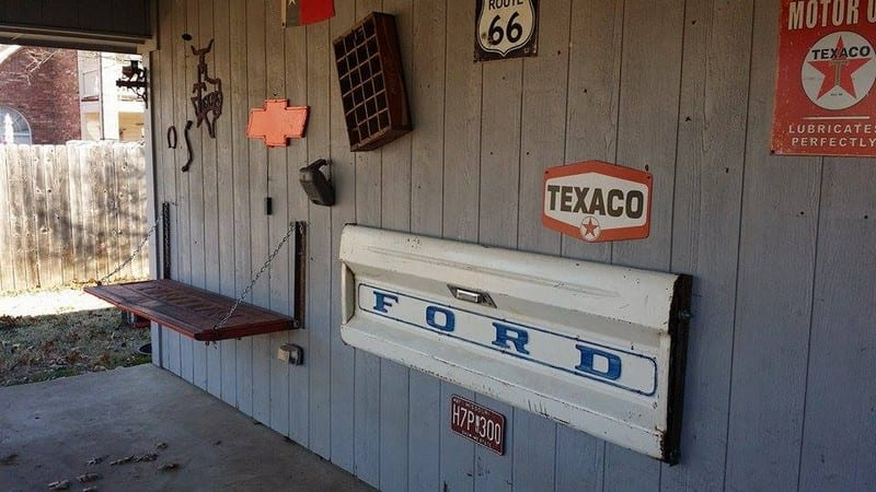 How to Make a Tailgate Wall Bench