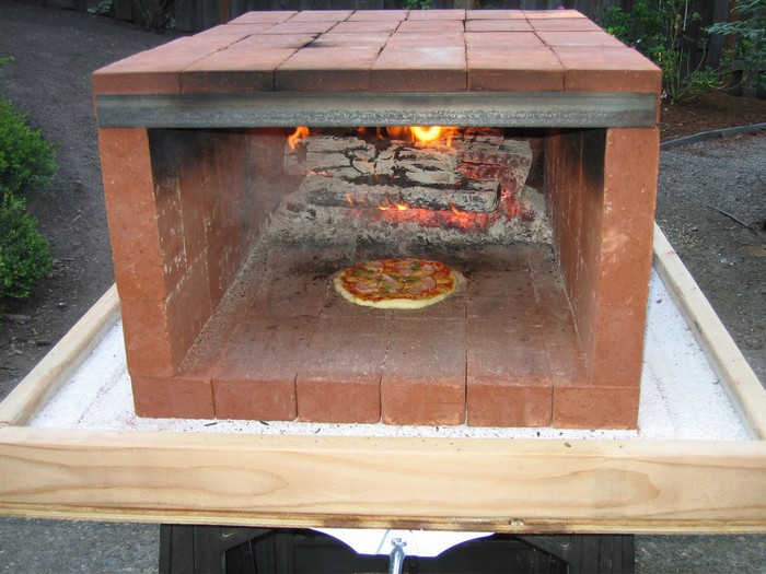 Home Wood Oven ~ Build a dry stack wood fired pizza oven comfortably in one