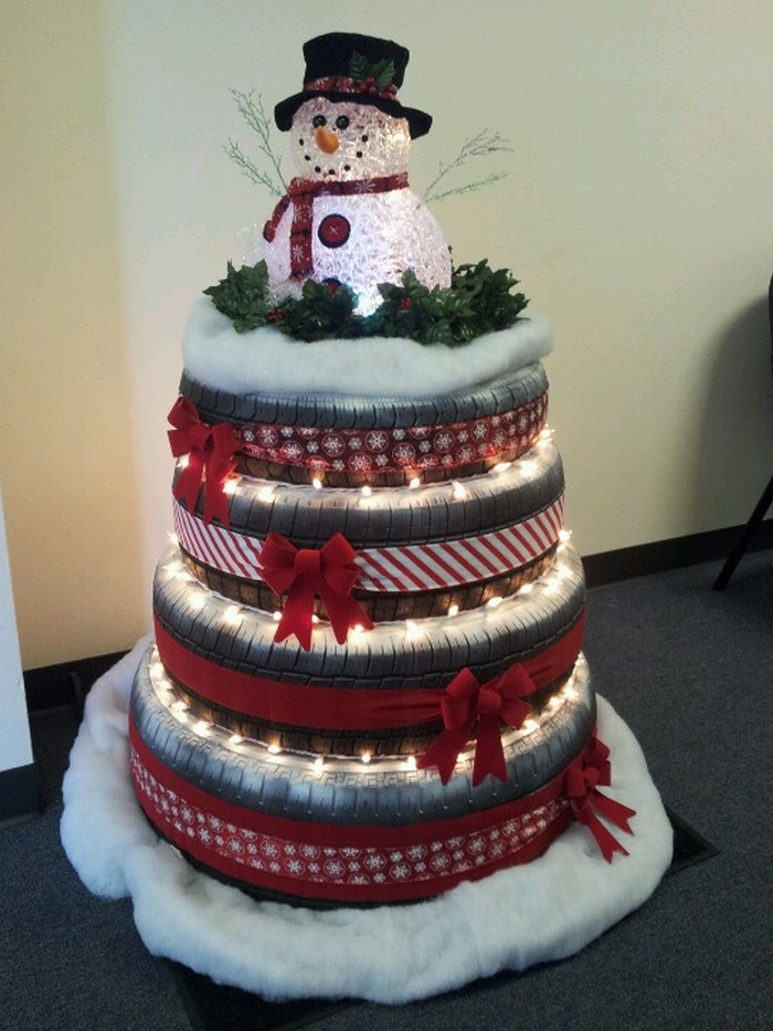 Old Tire Christmas Tree