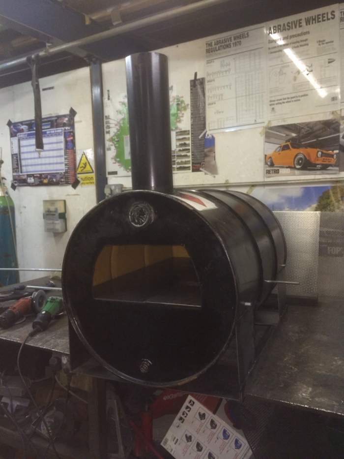 Turn An Oil Drum Barrel Into A Pizza Oven Your Projects Obn