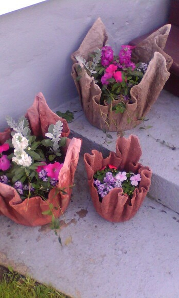 Make A Gorgeous Planter With An Old Towel Your Projects Obn
