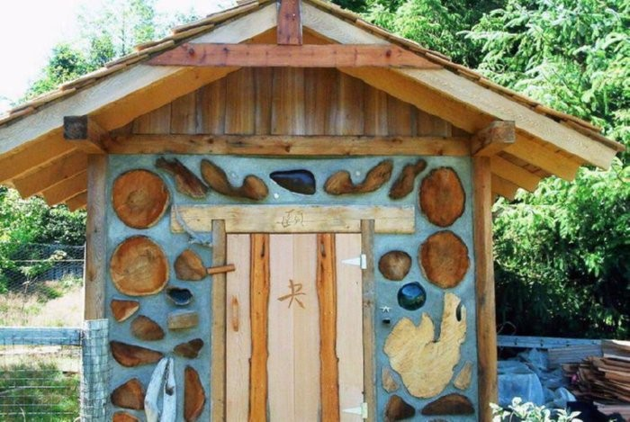 Build A Durable Chicken Coop With Cordwood Your