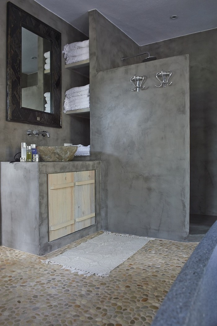 Create your own pebble shower floor your projects obn for Small concrete projects