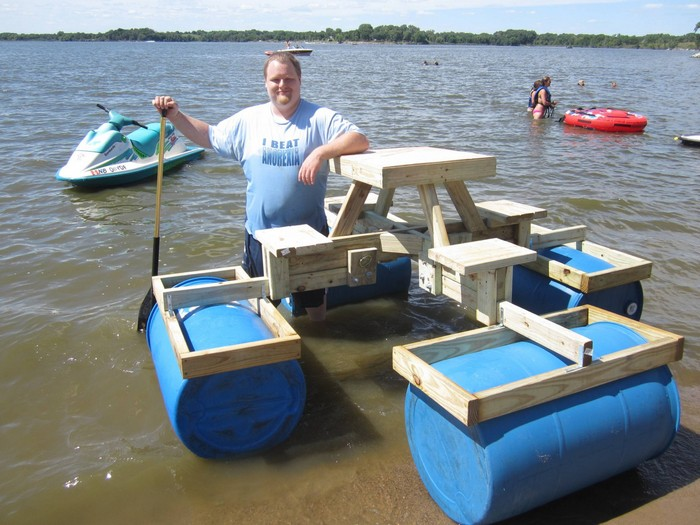 Build an awesome floating picnic table your projectsobn floating picnic table watchthetrailerfo