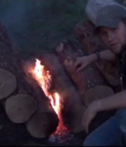 Self-Feeding Campfire