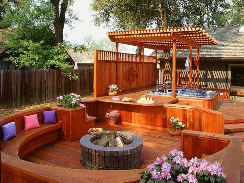 An example of how decks can transform a suburban yard