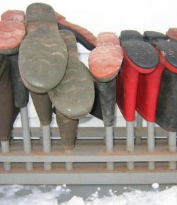 DIY Boot Rack
