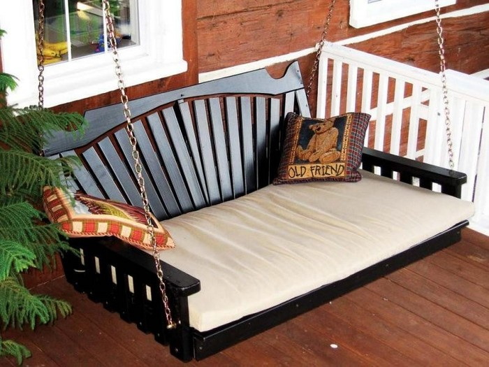 Learn How To Build Your Own Hanging Day Bed Swing Your