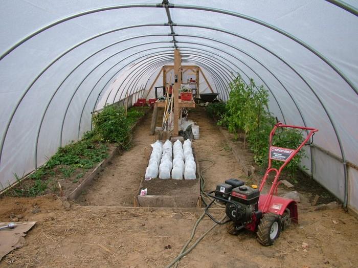 Hoop House Greenhouse