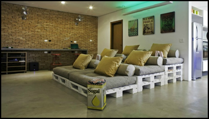 Pallet Home Theater Sofa