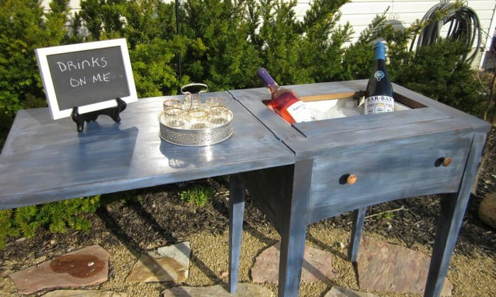 Create your own drink station from an old sewing table!