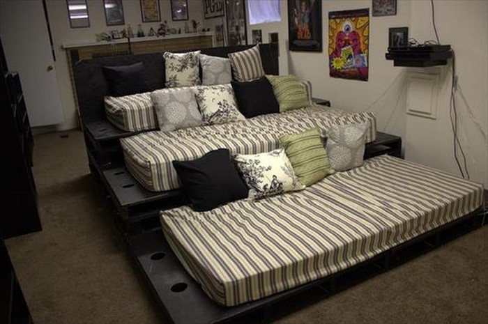 Build Your Own Home Theater Seating With Pallets