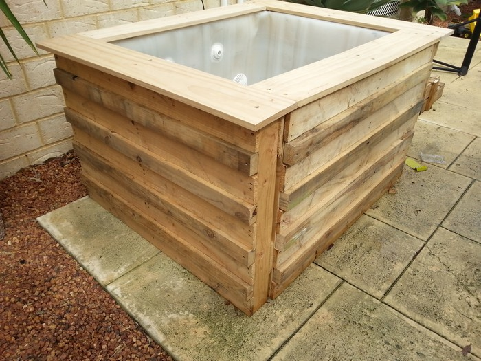 Above Ground IBC Pallet Plunge Pool