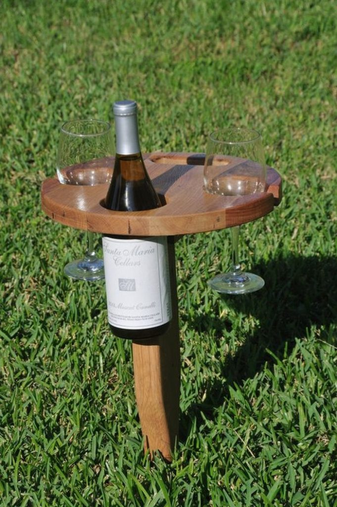 DIY Foldable Wine Caddy