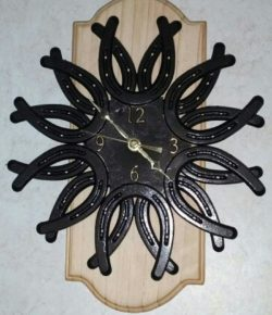 Horseshoe Clock