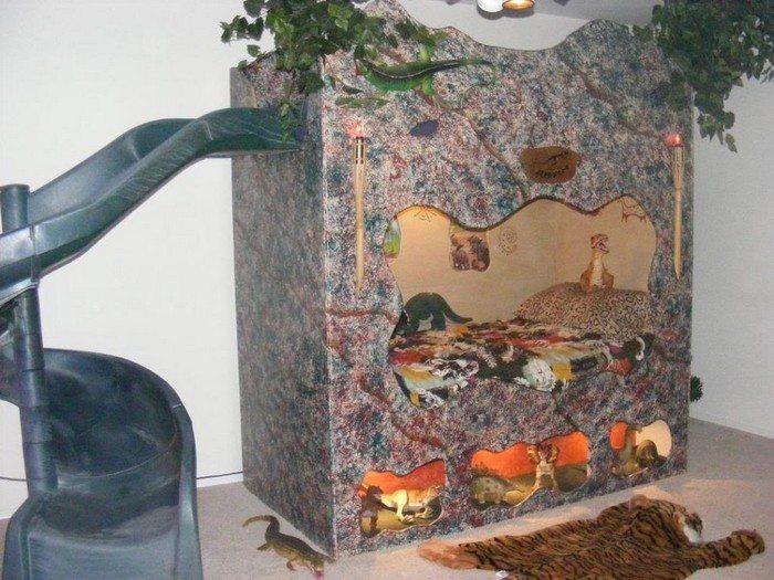 Dinosaur Cave Bed