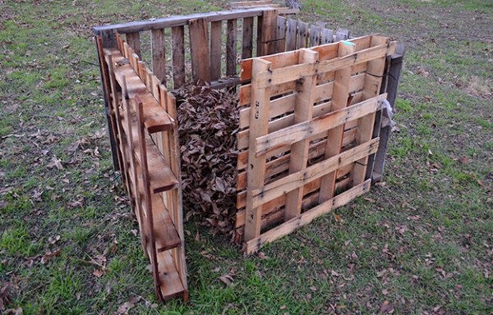 Build a compost bin from repurposed pallets!
