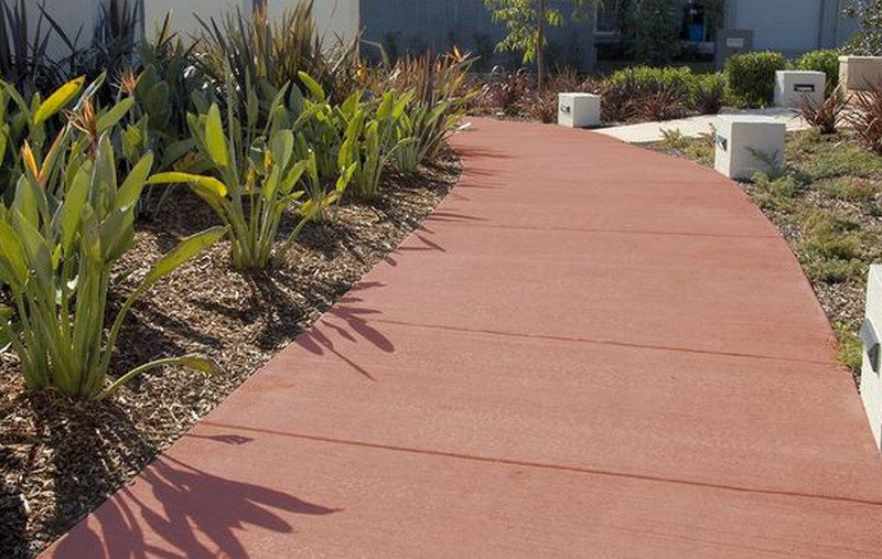 Colour softens the appearance of concrete. Oxides are available in a full range of colours.