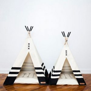 How to Make a Teepee House For Your Pet