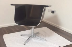 How to Turn a Bath Tub into a Chair