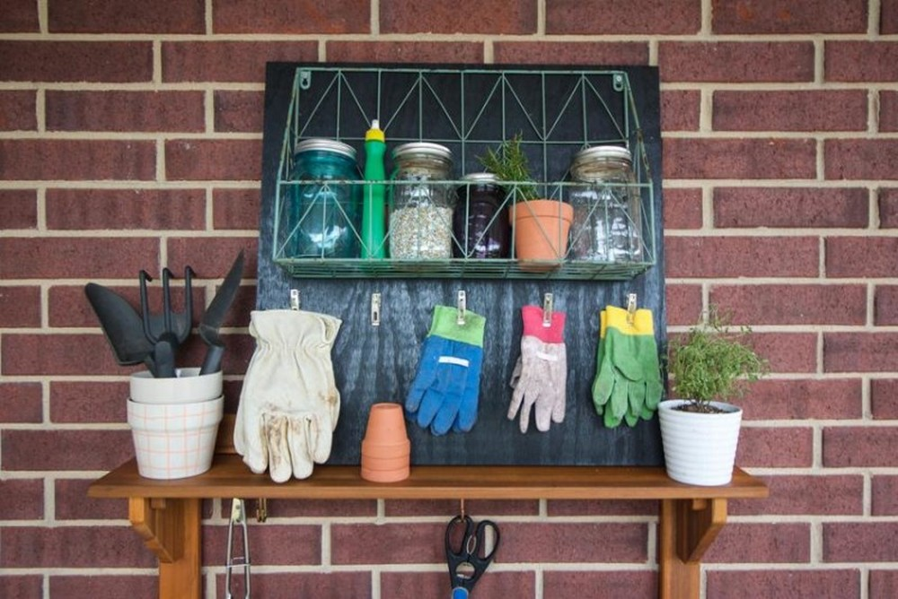 DIY Garden Glove Rack