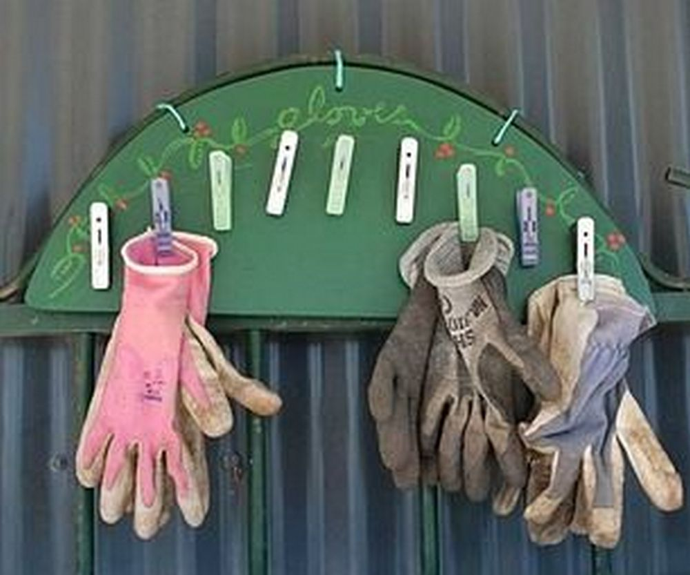 Now you won't have to buy gardening gloves over and over again!