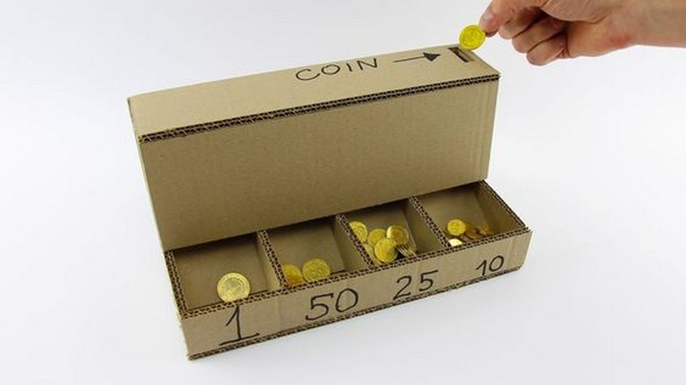 You can even use recycled materials to make this self-sorting coin bank!