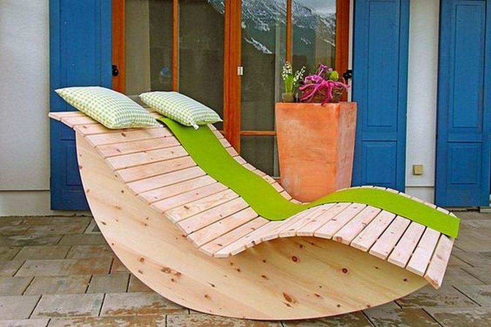 This would make a great, relaxing addition to any garden.