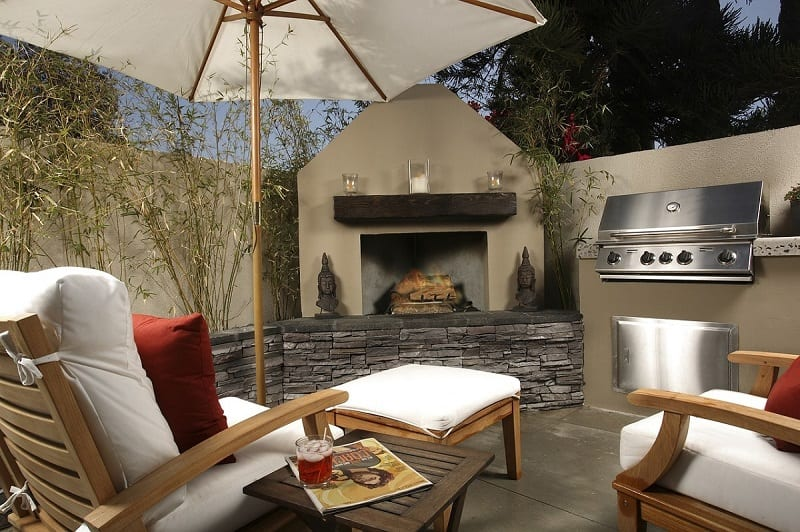 Building an open-air cooking area and bar doesn't always require a considerable amount of cash and space.